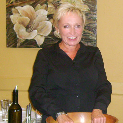 shelley chapman the food relationship coach salary