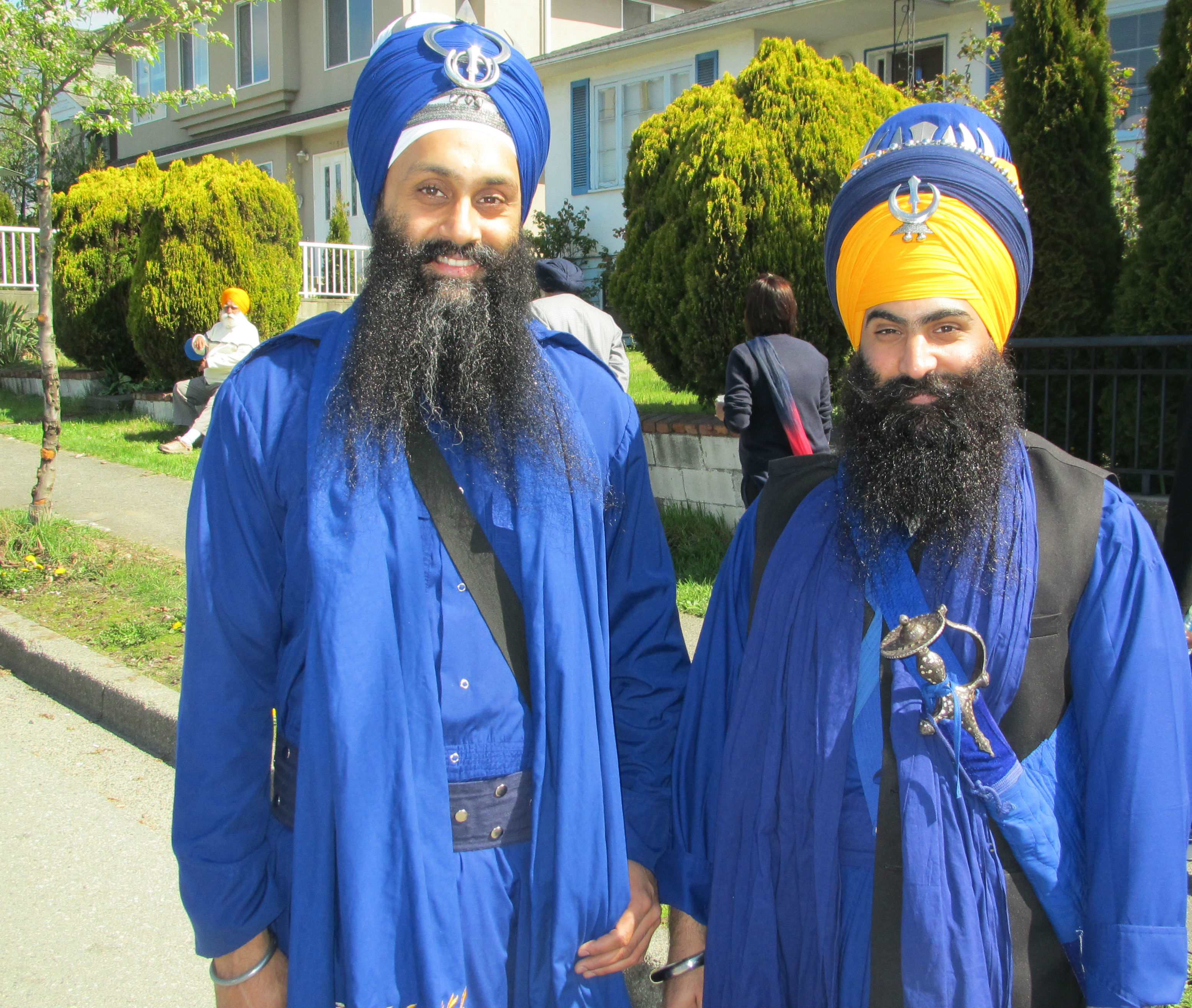 modern sikhs explain why they dress like traditional