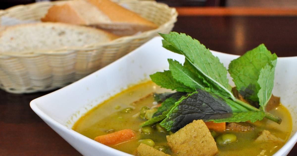 Veggiebowl Vietnamese vegetarian restaurant opens in East Van