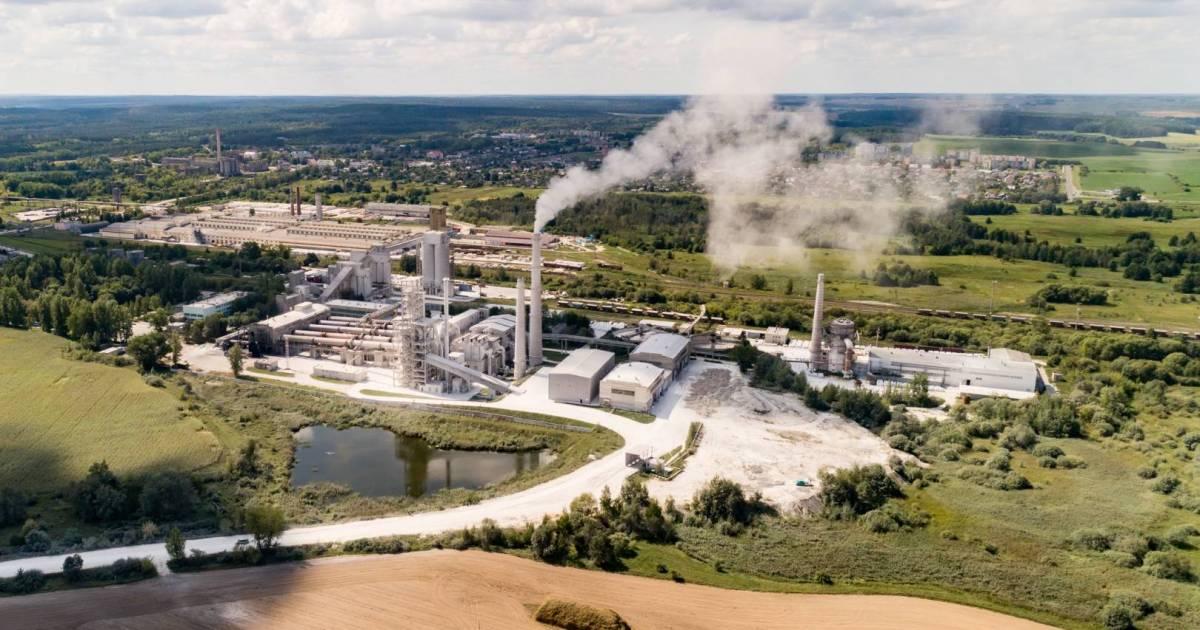 David Suzuki: Carbon, climate, and corruption coalesce in concrete