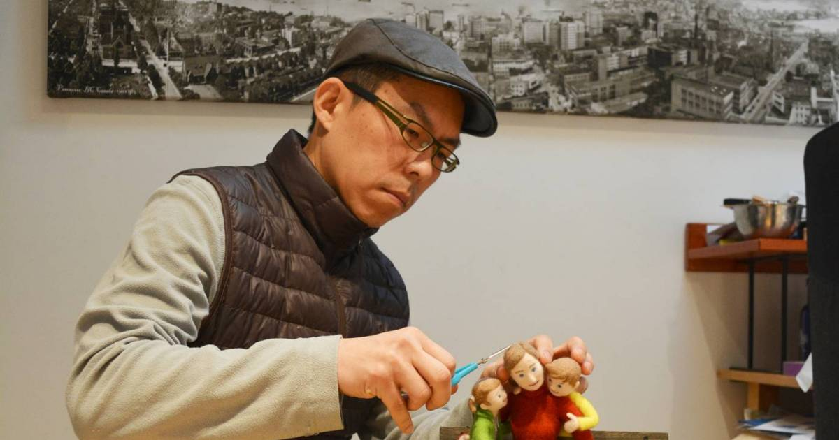 Holman Wang combines the modern art of needle felting with the timeless appeal of children's books