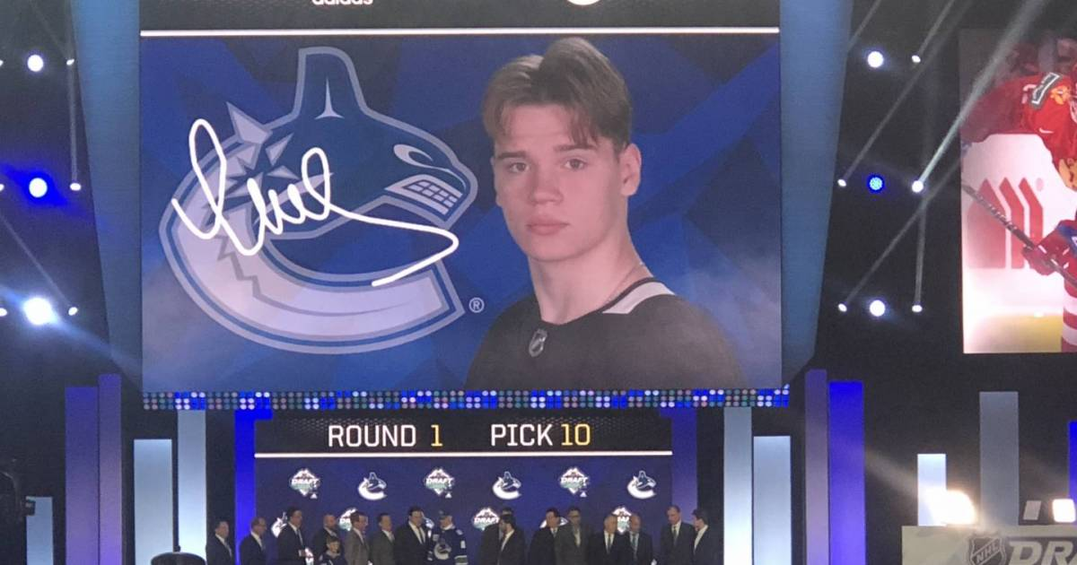 Memorable moments from the first day of the NHL Entry Draft in