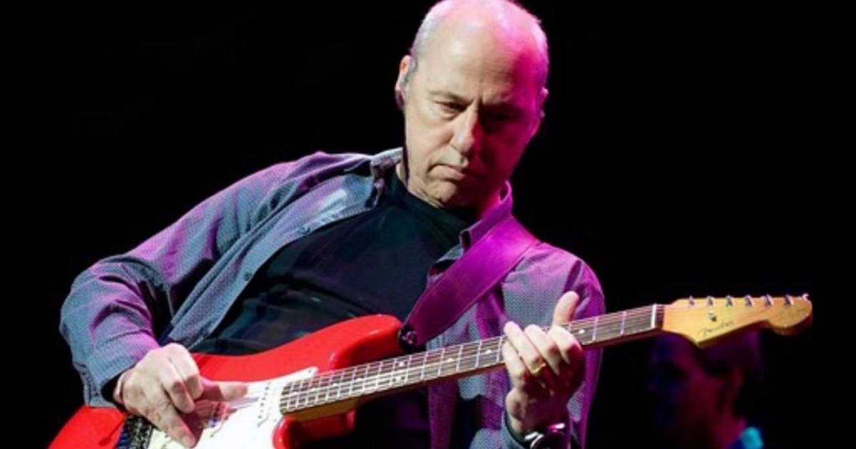 Mark Knopfler will do some Dire Straits in Vancouver tonight