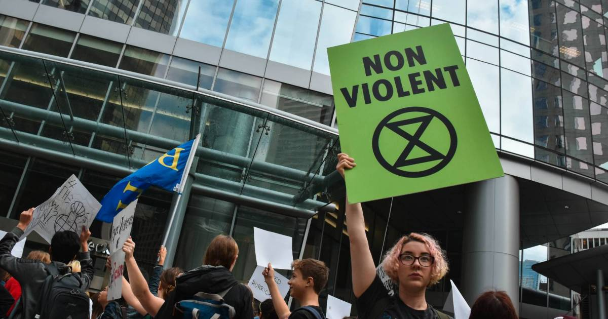 Canadian governments and media spurn Extinction Rebellion demand to tell truth about perils of climate crisis