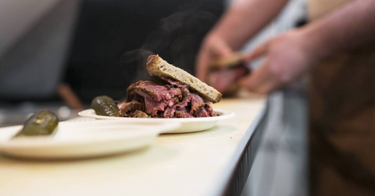 Mensch Jewish Delicatessen's hot pastrami sandwiches return to Vancouver with pop-up events