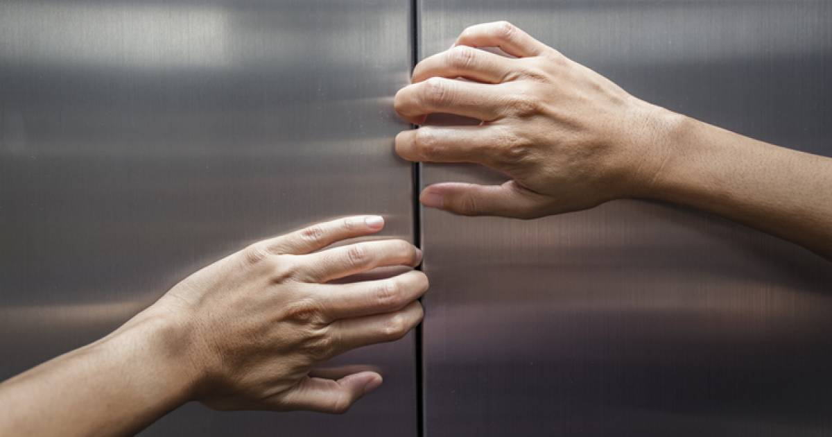 Condo owner liable for damage to elevator forced open to free trapped passengers