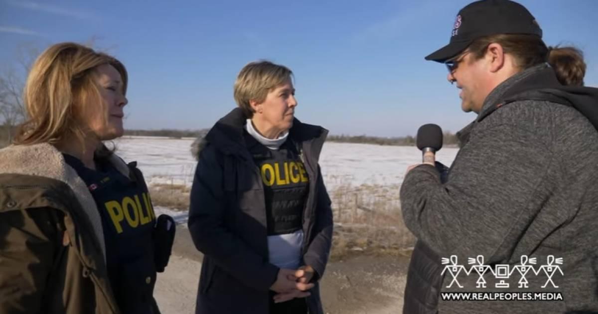 Ontario Provincial Police give Tyendinaga Mohawks a deadline to remove camp near CN Rail line