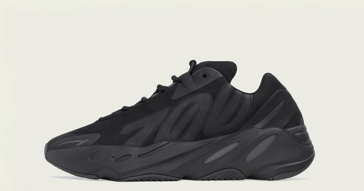 Sneakerheads : Yeezy Boost 700 MNVN Black