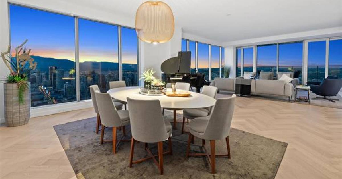Vancouver real estate: homes with killer views command premium prices, and here's why they sell well in summer
