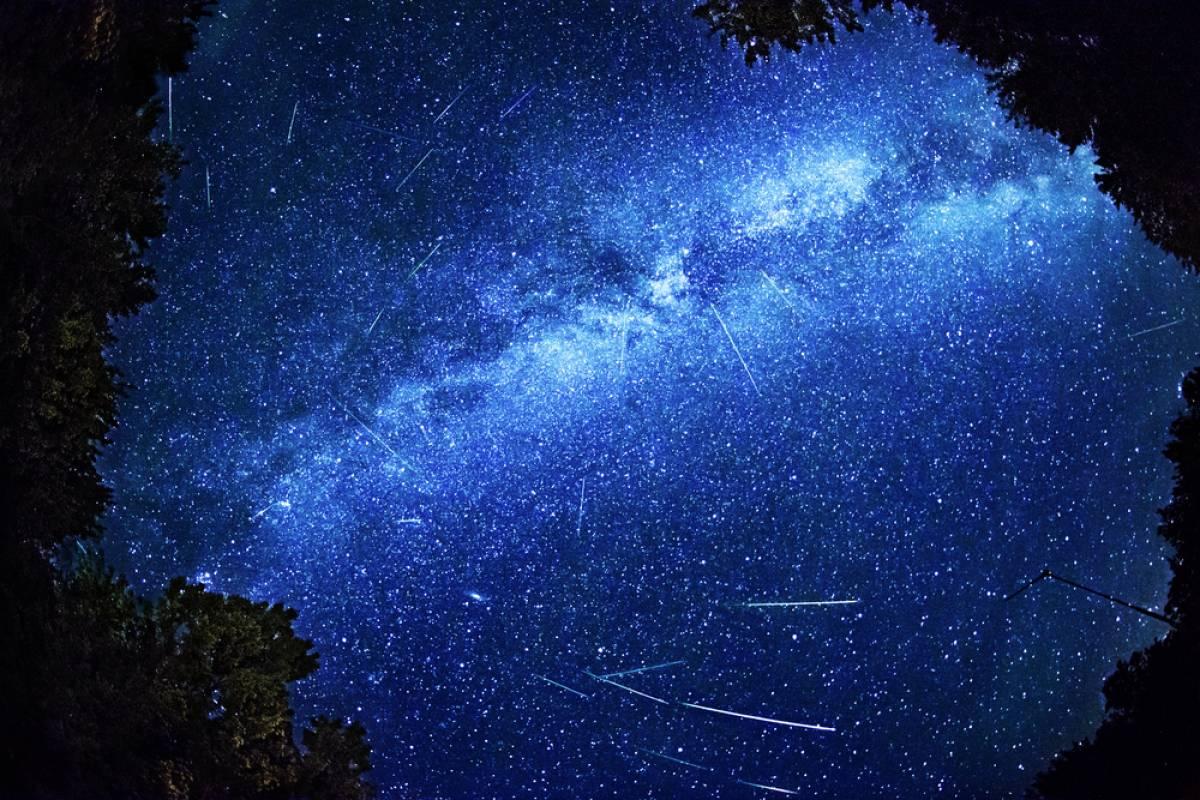 無限の星と流れ星