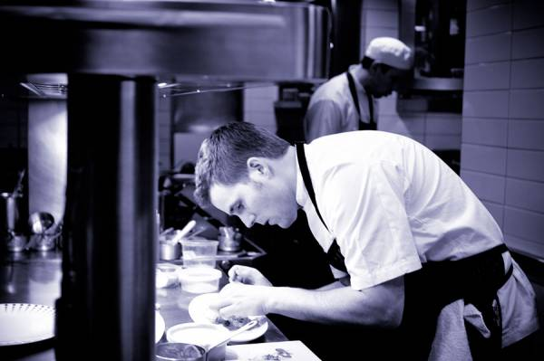 Shuraku restaurant kleinbettingen off track betting locations philadelphia