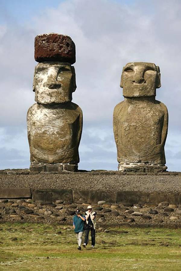 NEW STUNNING EASTER ISLAND MOAI TIKI GARDEN STATUE